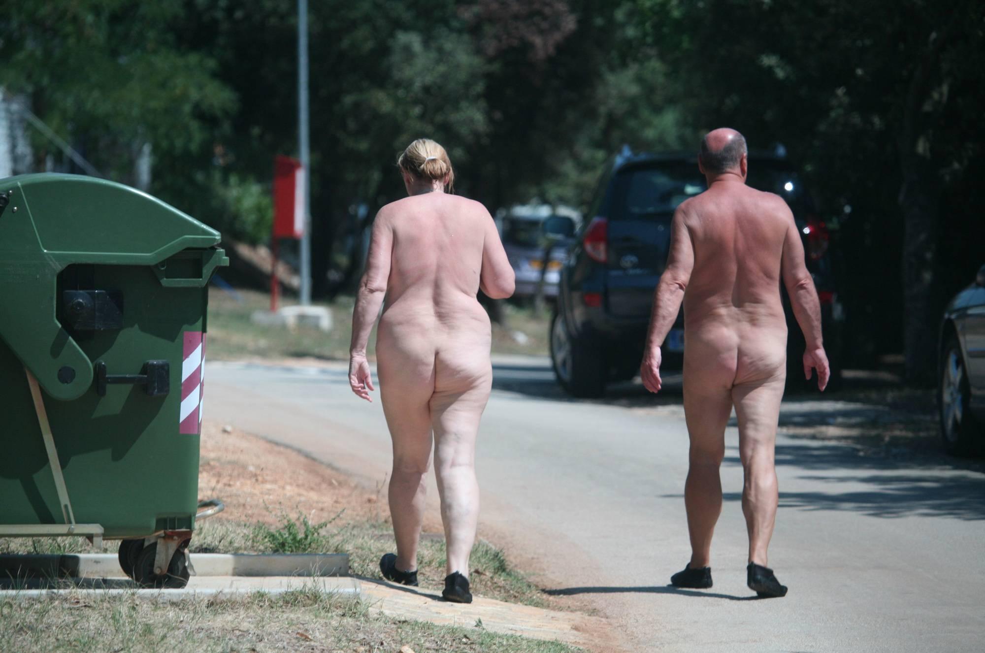 Avilia FKK Nude Walkers - 1