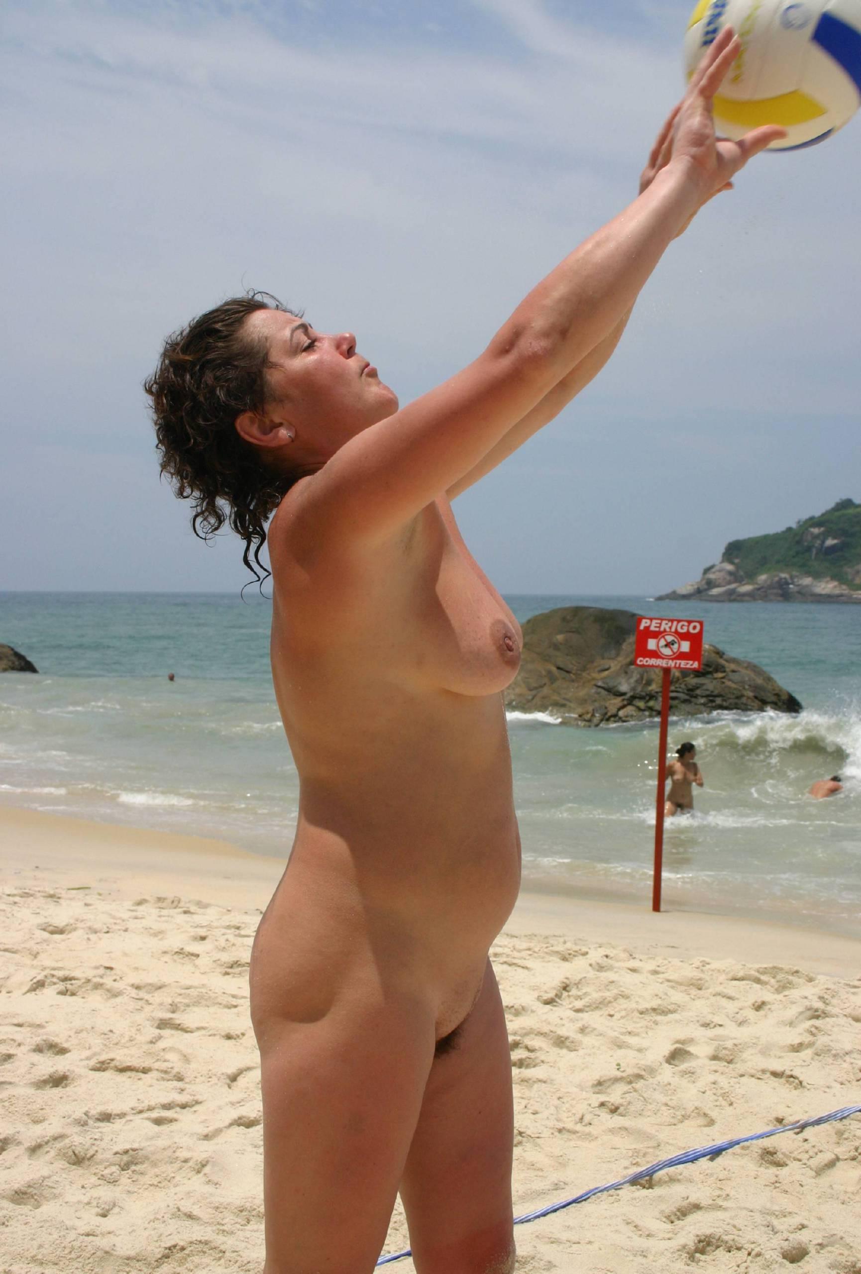 Brazilian Nudist Sport Girls - 1