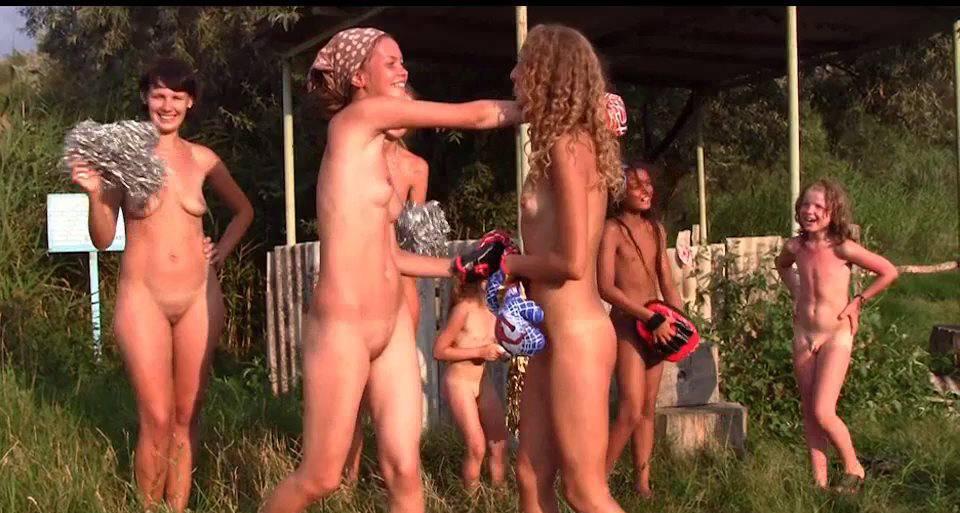FKK Videos Countryside Lounging 1 - 1