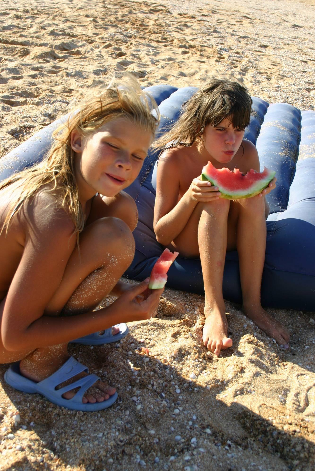 Family Naturist Campsite - 1