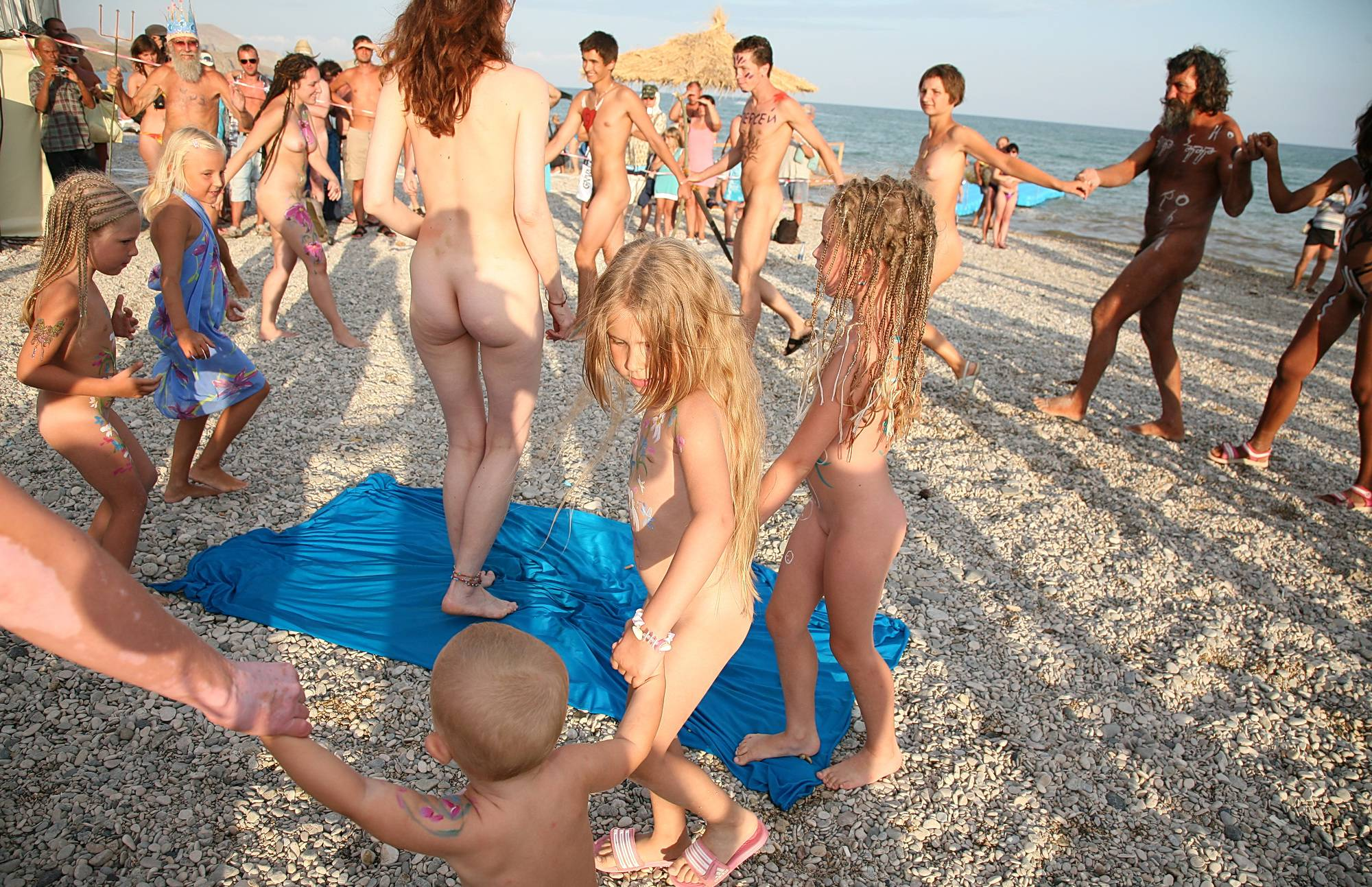 Nudist Photos Life On Beautiful Sands - 2
