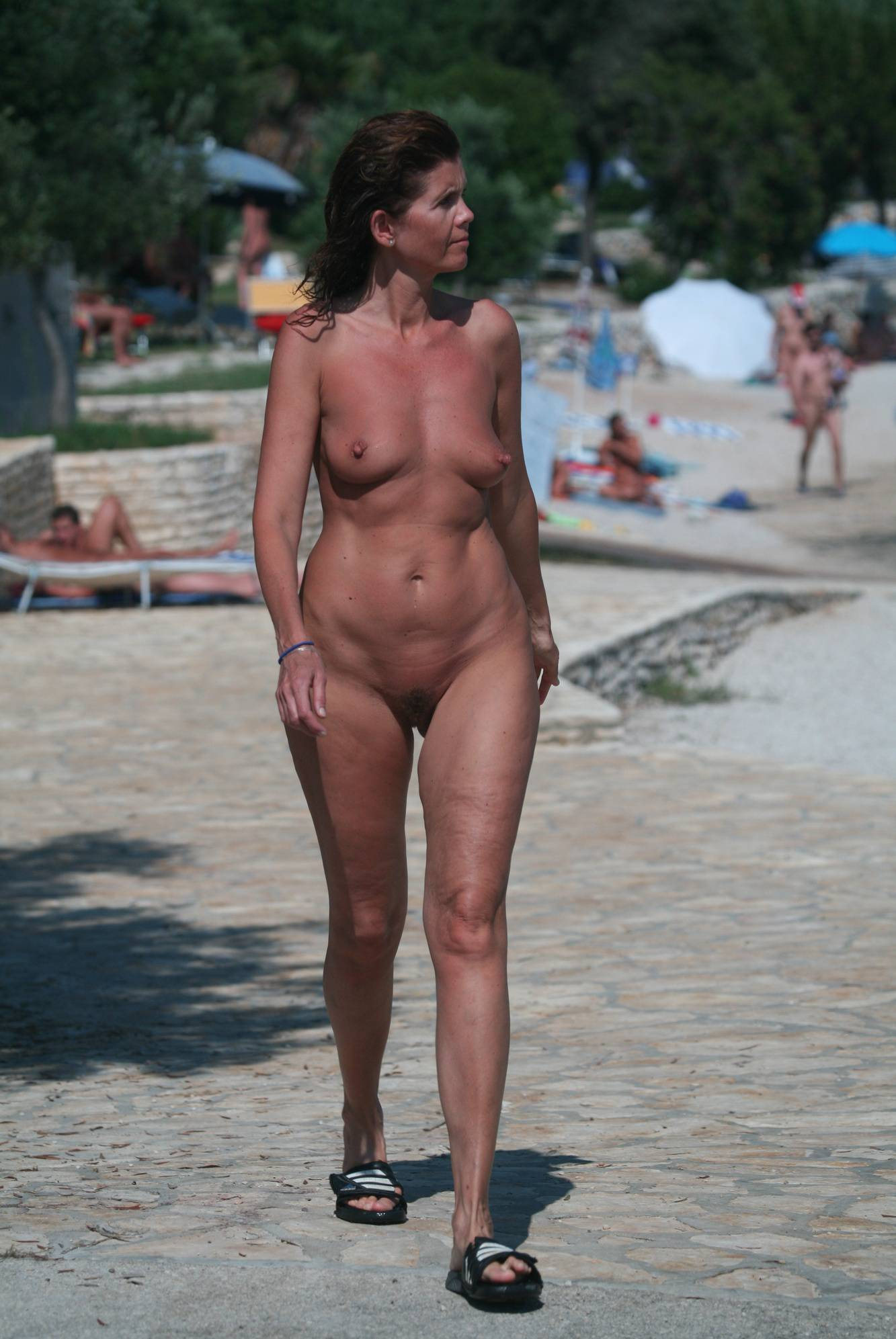Nudist Pics Nudist Beach Pedestrians - 1