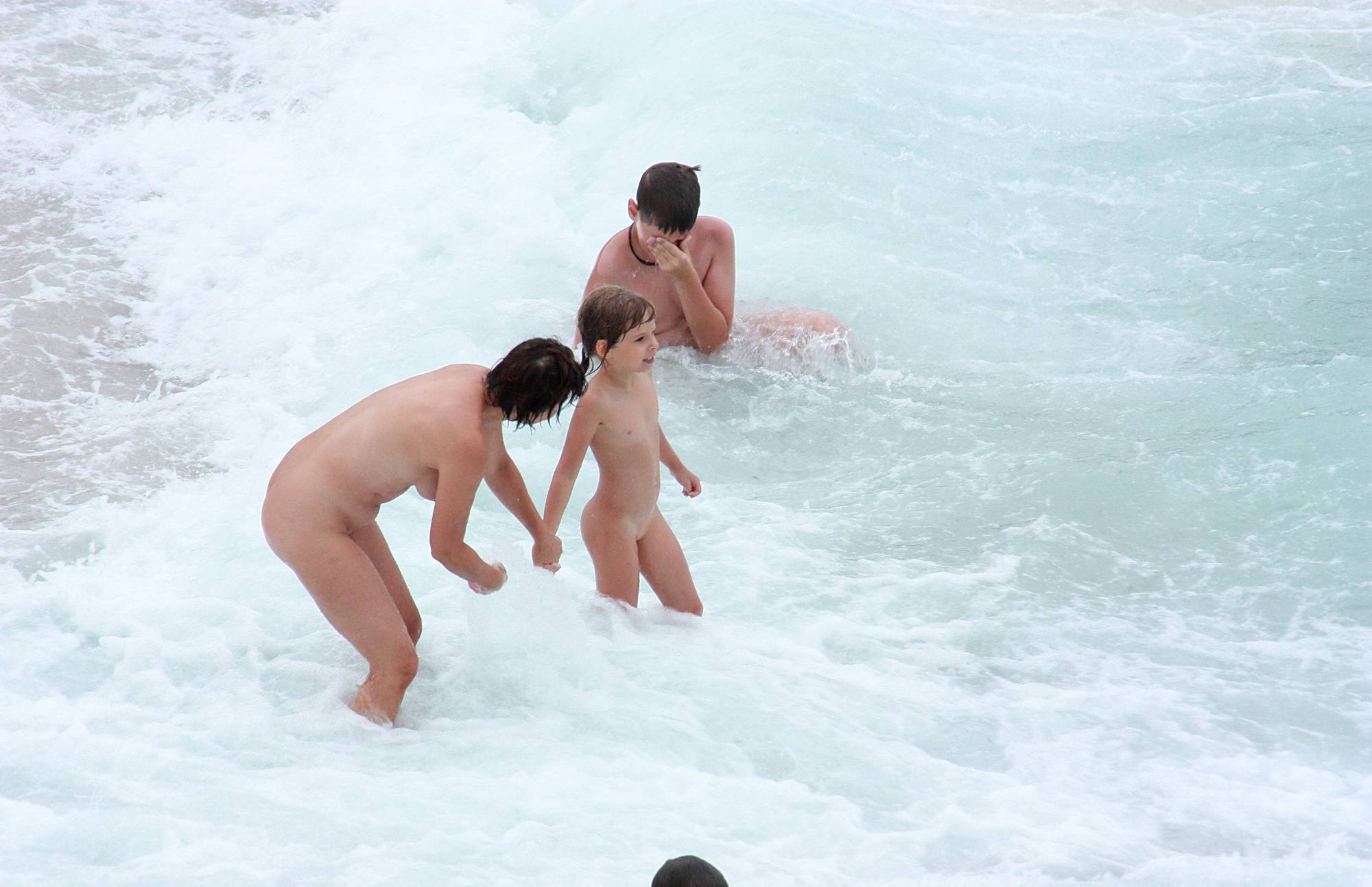 Nudist Pictures Loving All The Sea Life - 1
