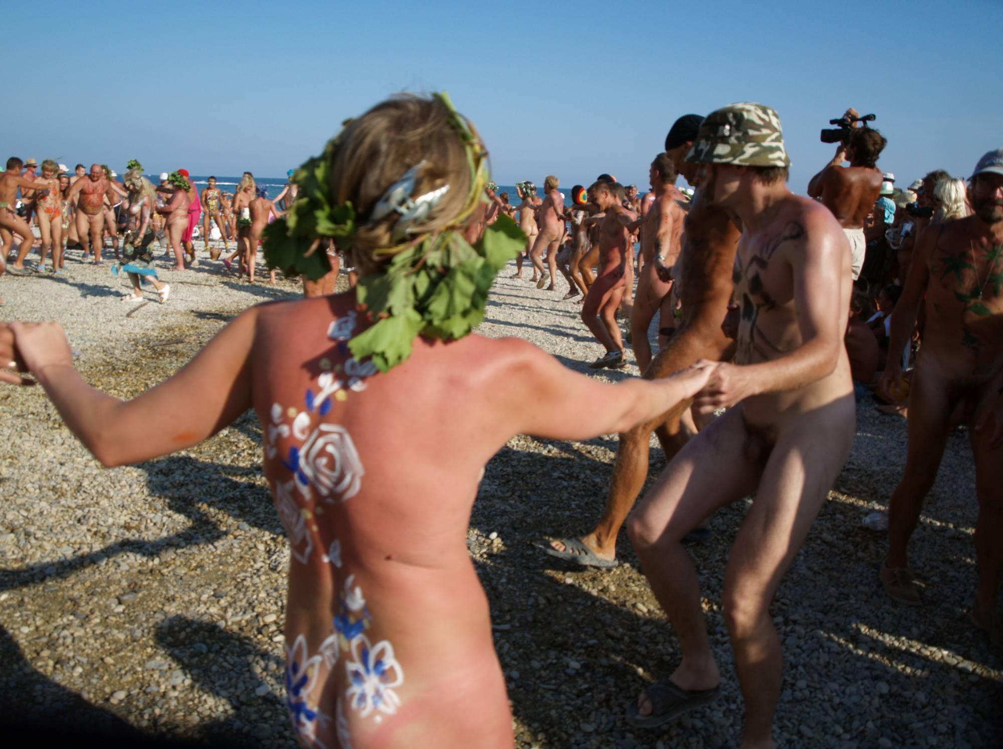 Nudist Go-Around Dancing - 2