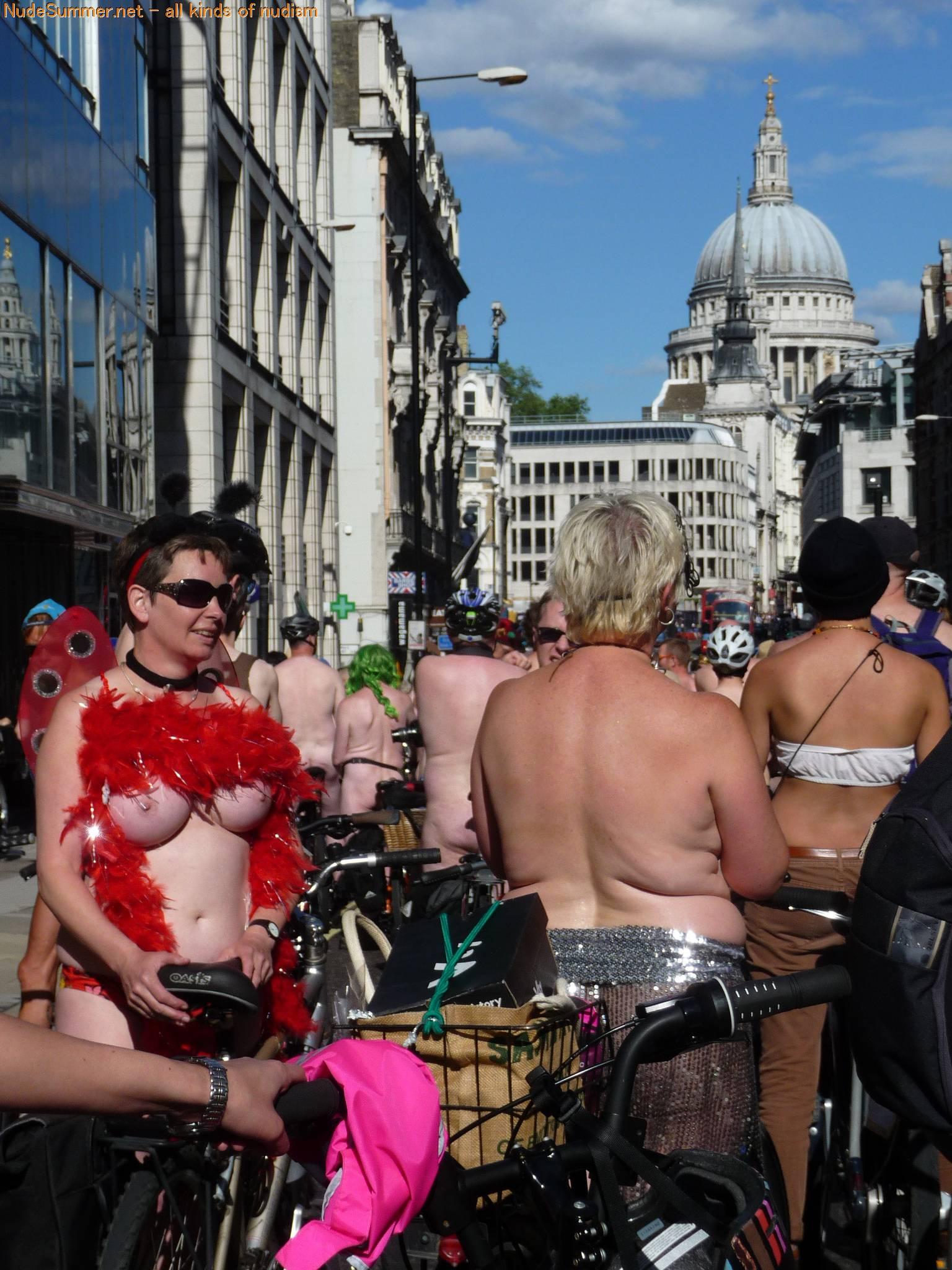 World Naked Bike Ride (WNBR) 2012 Part 1 - 2