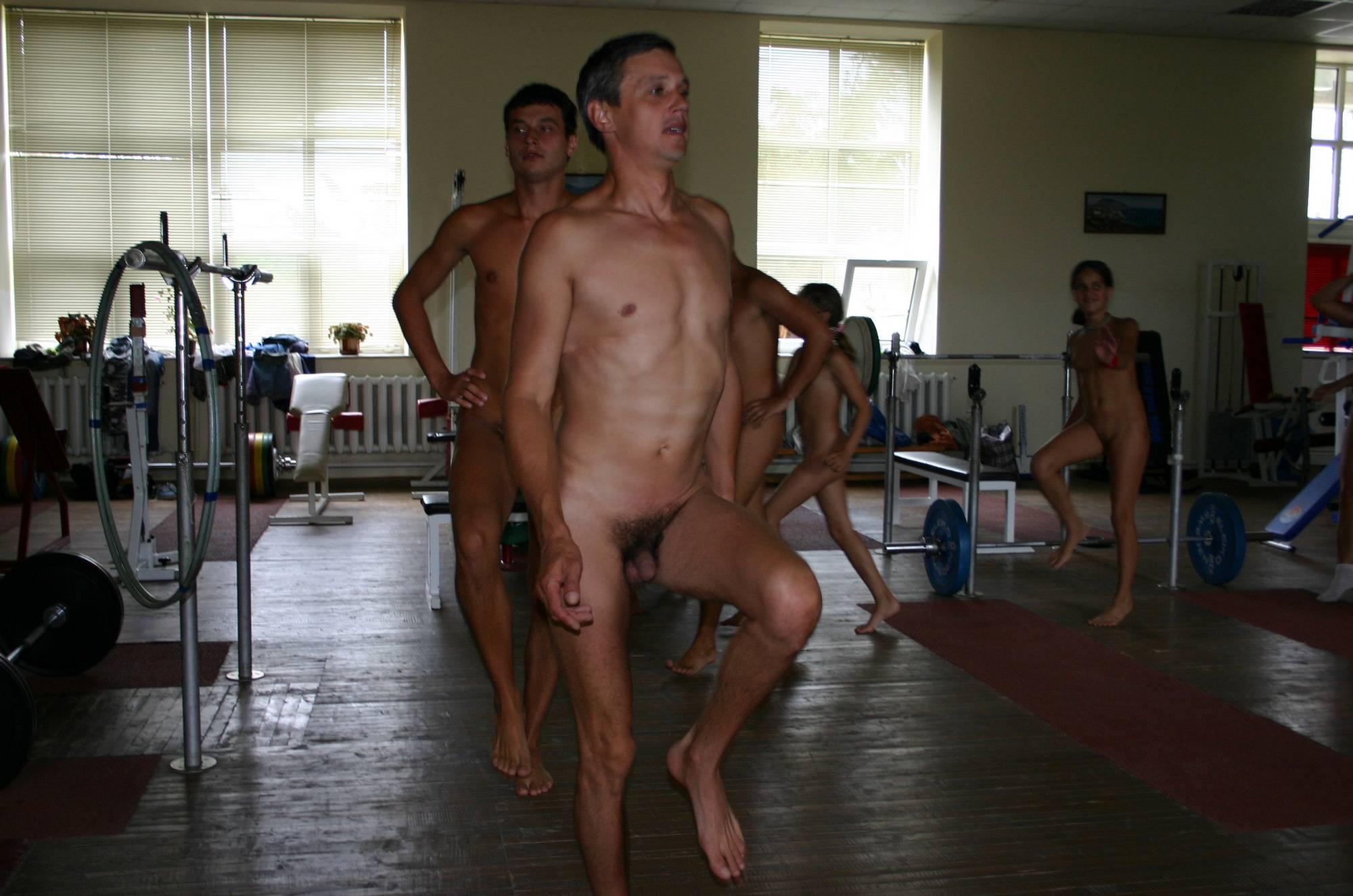 Family Gym Naturist Train - 1