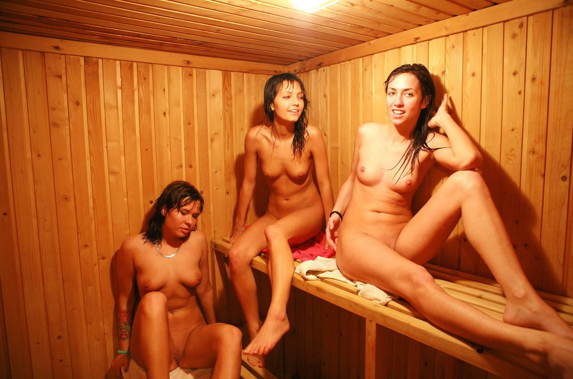 Girls Rec Room Sauna - 1