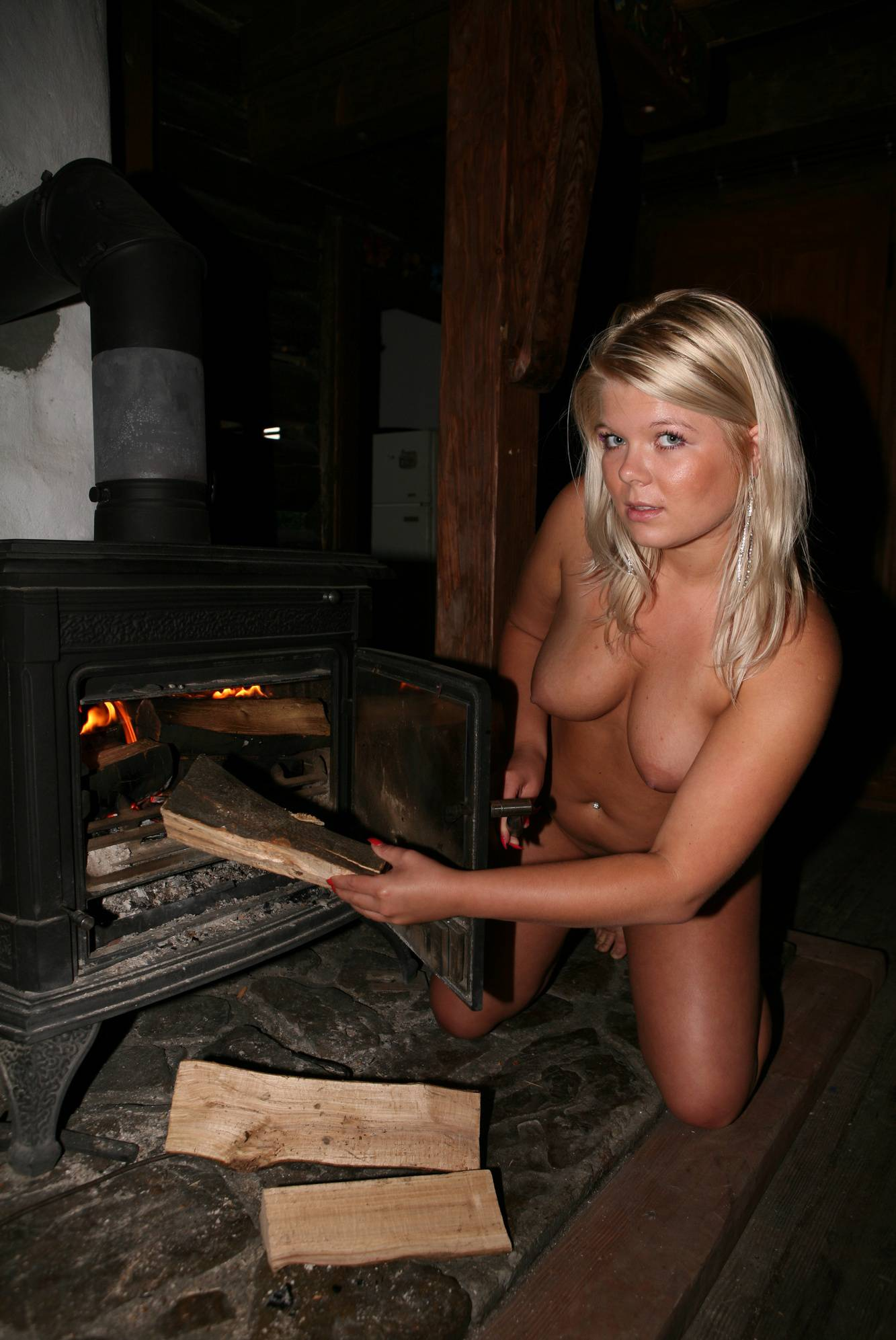 Nudist Pics Woody Cottage Relaxing - 1
