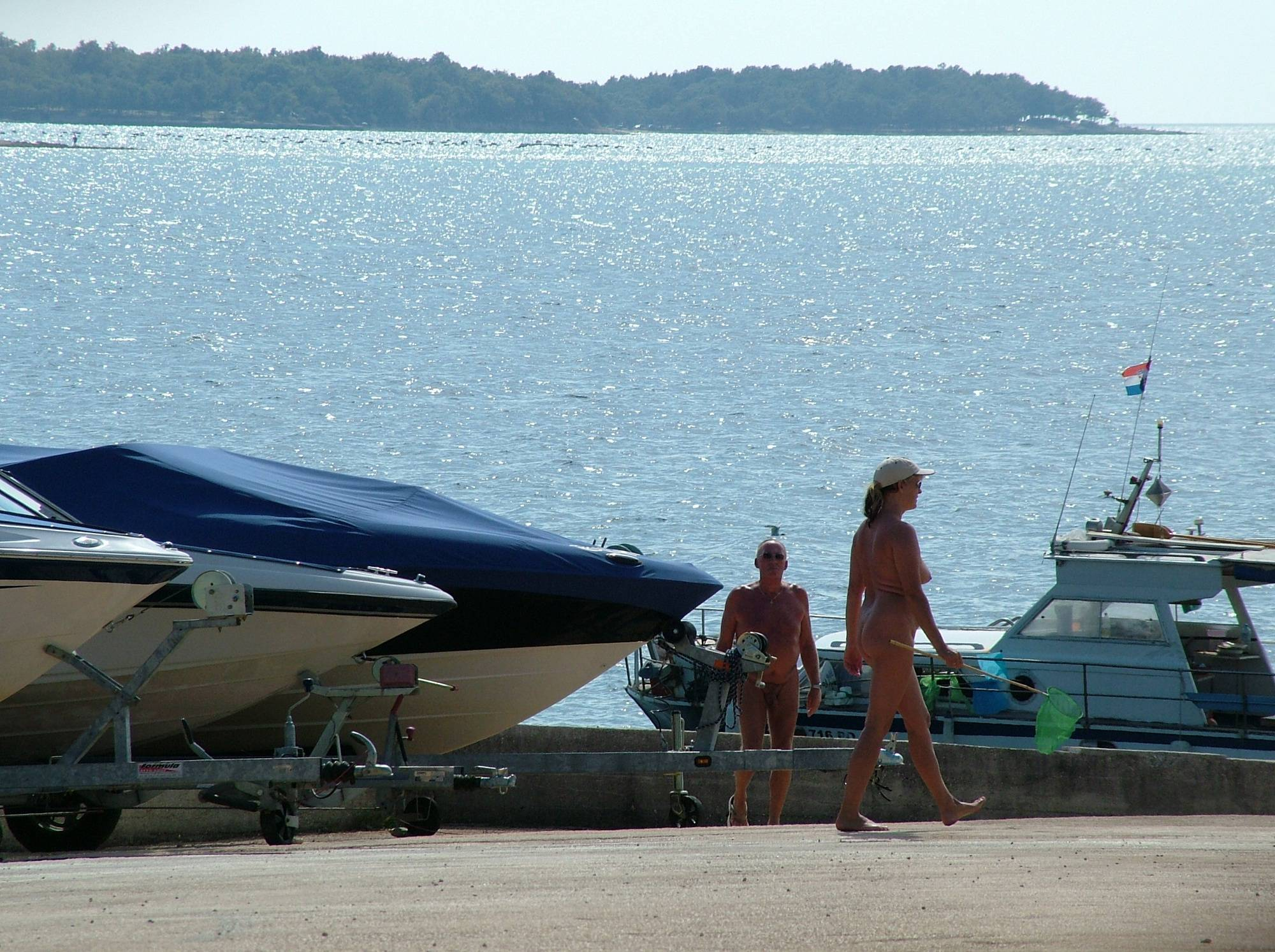 Sunny FKK Marine Shore - 2