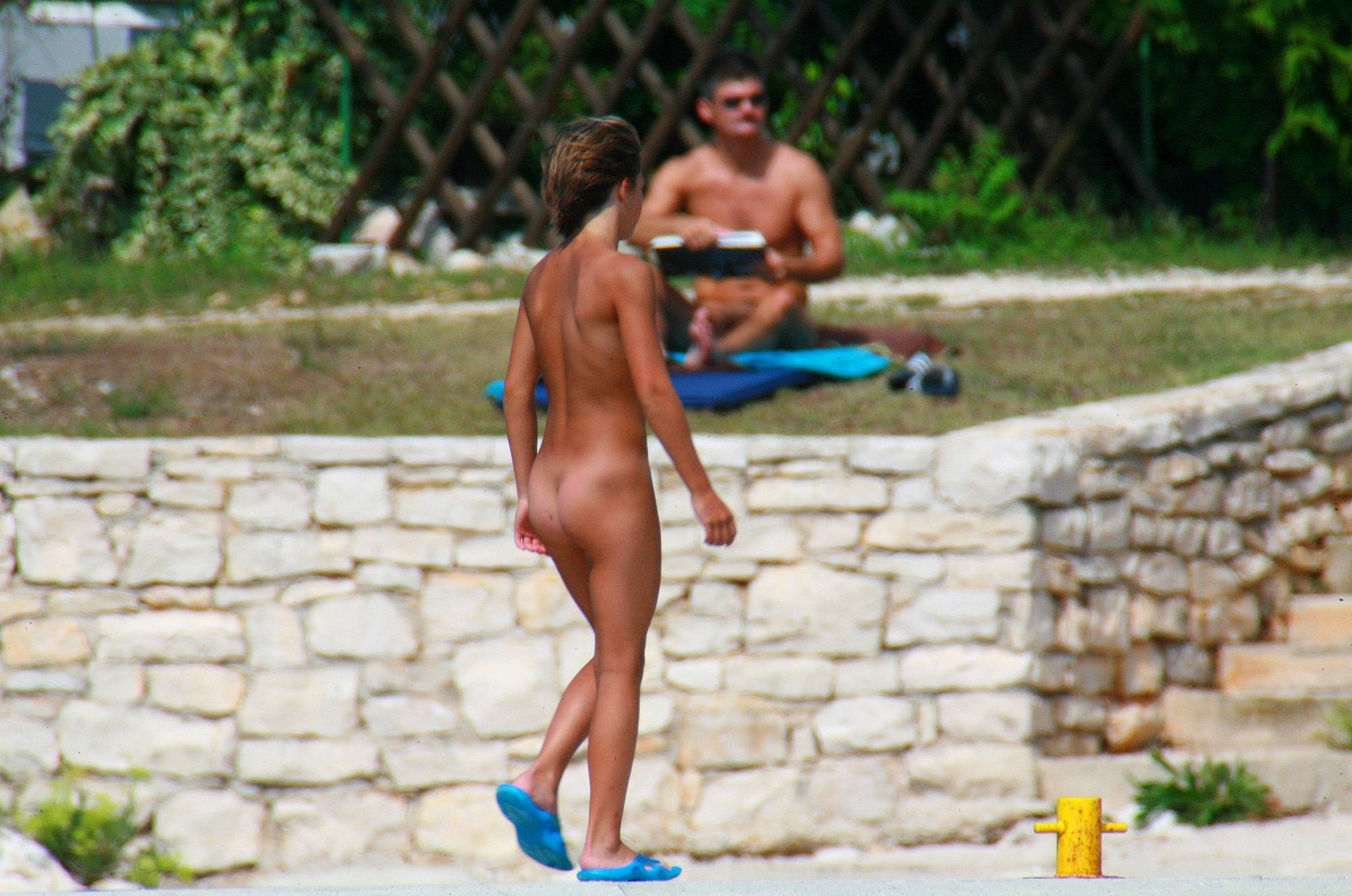 Nudist Pics Ula FKK Kids' Net Catching - 2