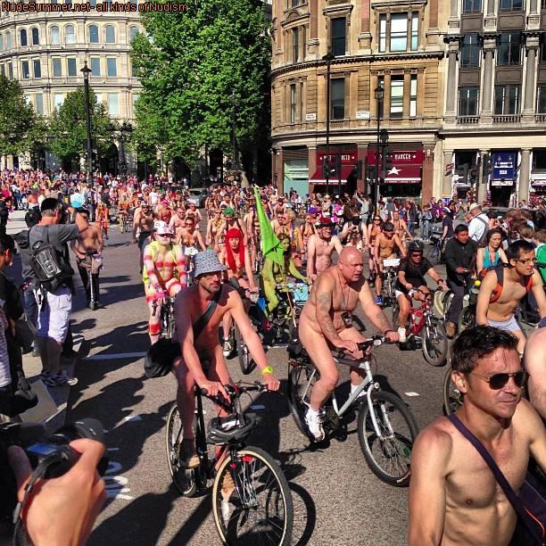 World Naked Bike Ride (WNBR) 2013 - 1